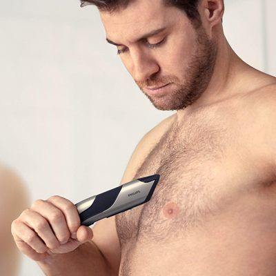 Afeitadora-corporal-Philips-Bodygroom-7025-pecho