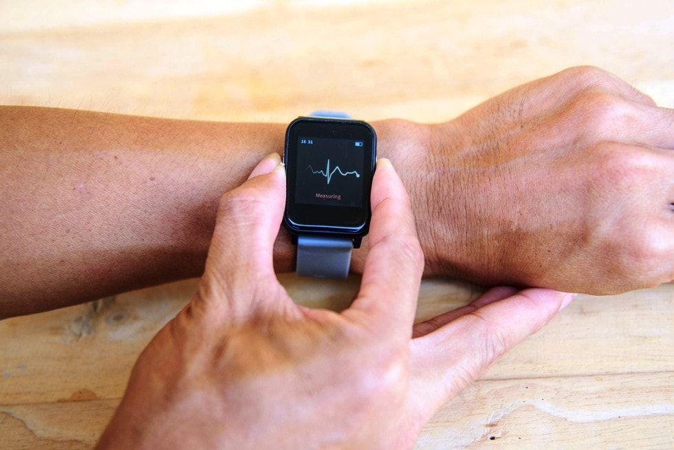 Relojes con electrocardiograma