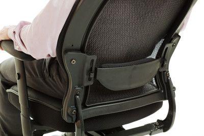 cómo regular el respaldo de una silla ergonómica