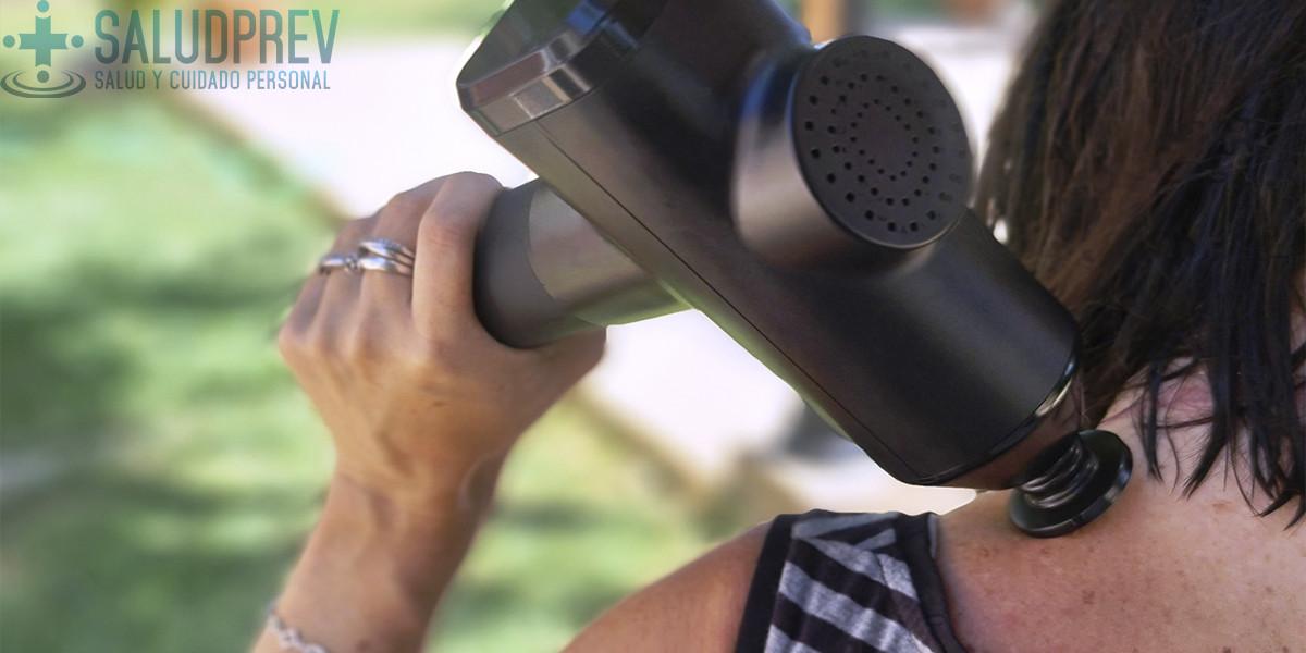 Cómo usar una pistola de masaje muscular