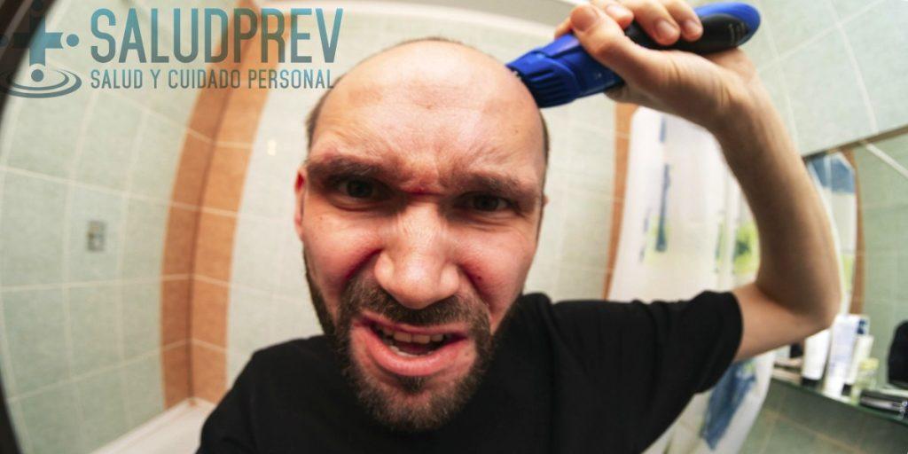 Cómo raparse la cabeza con un cortapelos